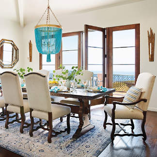 DINING ROOM & KITCHEN ITEMS