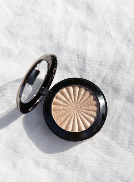 Highlighters & Bronzers