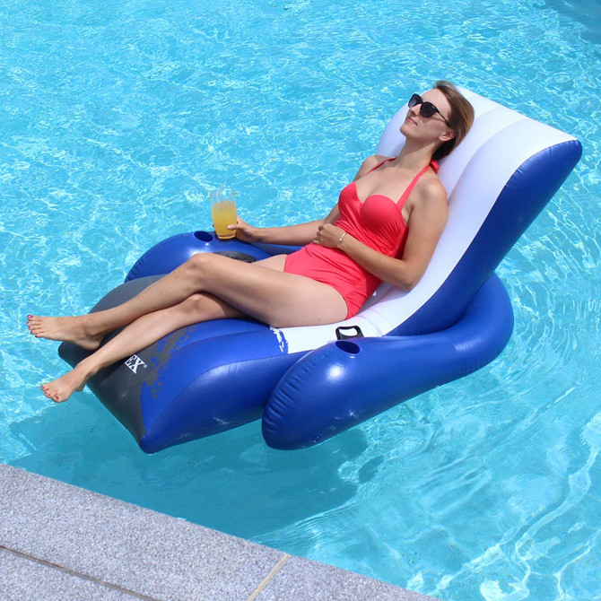 Floats & Lounges