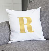 Pillows, Blankets & Throws