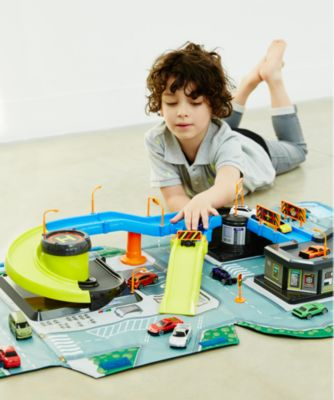 playmats & storage