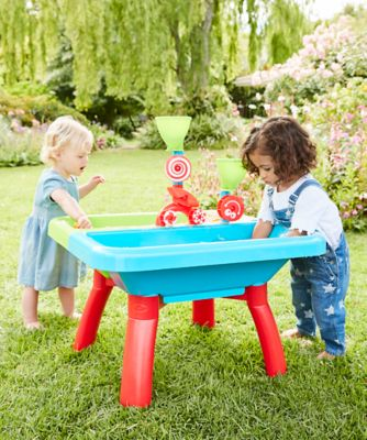 sand pits & water tables
